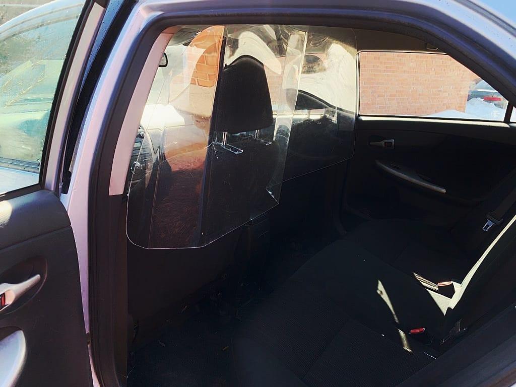 Защитная перегородка такси, защитный экран такси, защита водителей такси